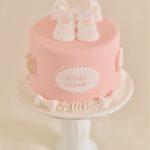 出産祝いのケーキ